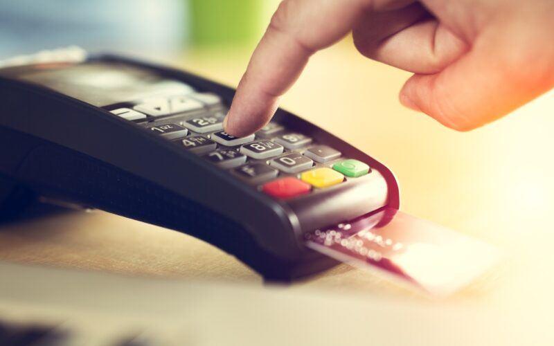 golpe com cartão de crédito